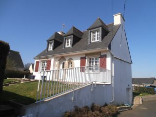 location maison PLOUMAGOAR 4 pieces, 100m2